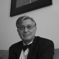 Ángel Viñas